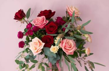 Valentines Day Flowers & Gifts