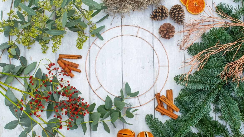 Christmas Wreaths & Flowers